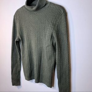 ❤️Croft & Barrow Olive Green Knit Sweater